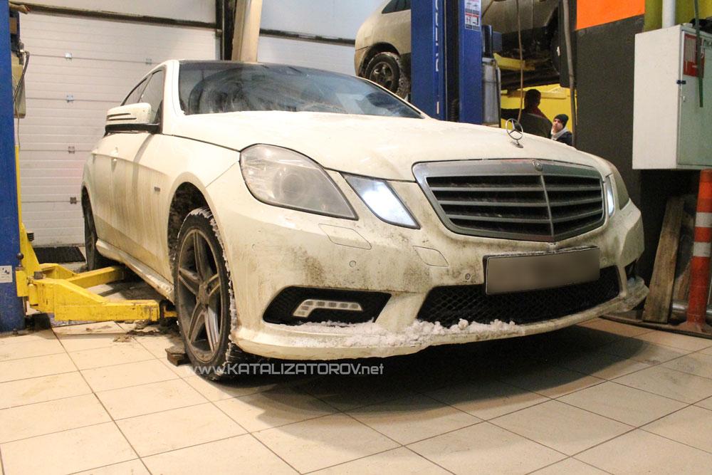 Удаление катализаторов на Mercedes-Benz E200 W212 - Катализаторов.НЕТ