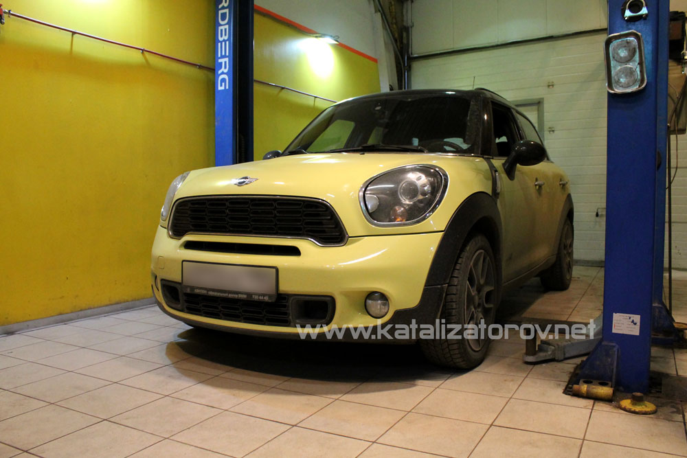 Удаление катализаторов на MINI Countryman Cooper S 1,6T - Катализаторов.НЕТ